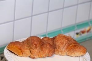 croissantW